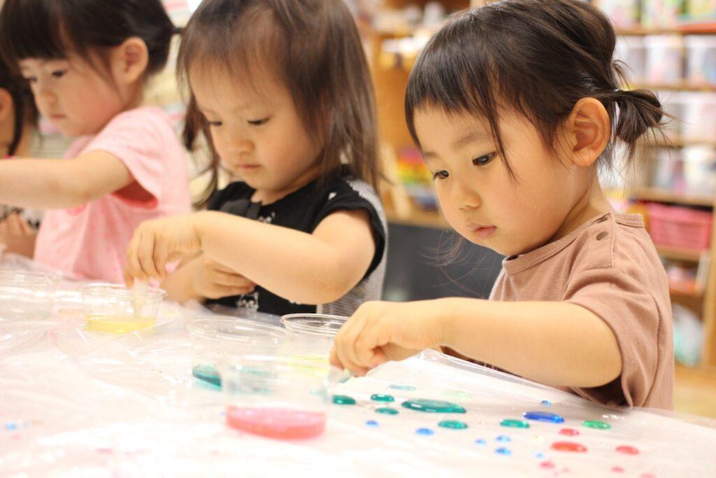 子どもの発達に合わせて道具を準備